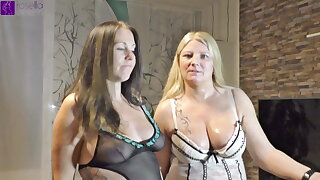 Pregnant girl swallows piss for rub-down the first time