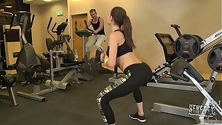 [PsychoHenessy] Henessy - Arse Fucked In The Gym (14.11.2016) 1080p