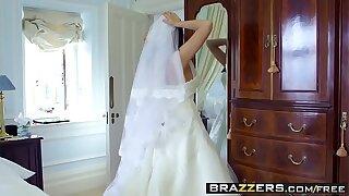 Brazzers - Big Butts Like Hose down Big - Simony Diamond and Danny D - Big Butt Wedding Day